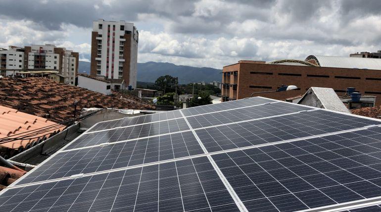 Sistema de Energía Solar On Grid 1,72 kWp – Santander, Colombia